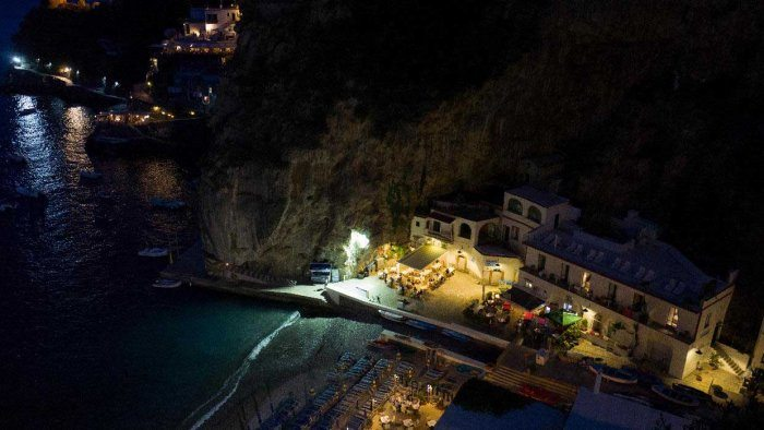 Marina di praia by night with 6 restaurants