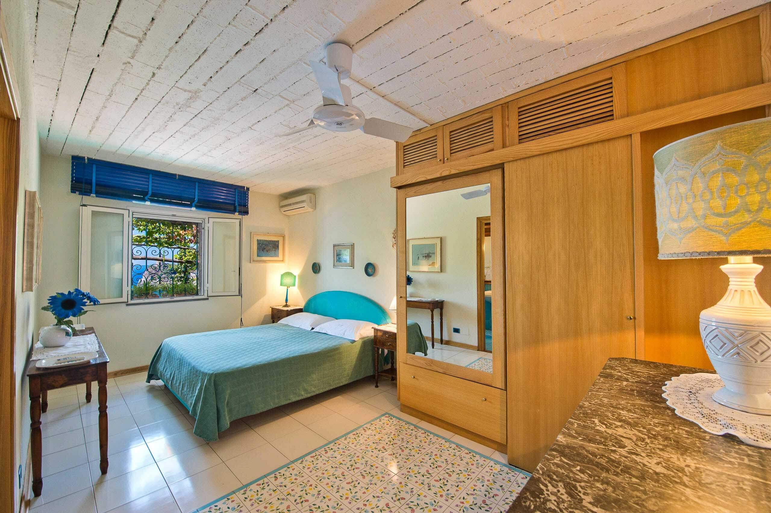 inside bedroom Nautilus